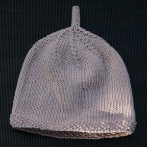 Simple Hat with Moss Stitch Bands